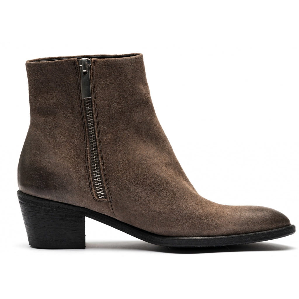 the last conspiracy MAE waxed suede Zip Boot 052 Dark Grey