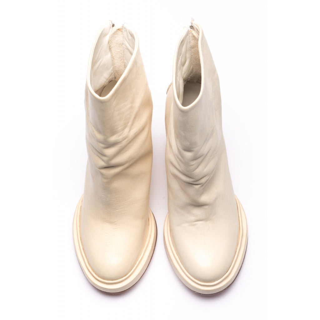 the last conspiracy ODIE soft Heel Boot 057 Off White