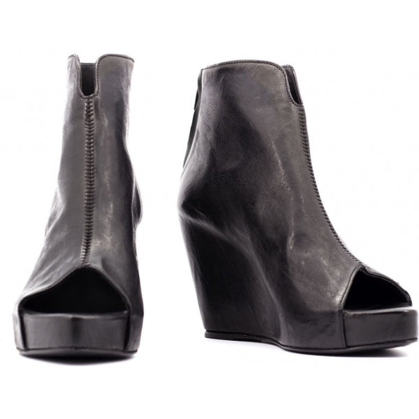 the last conspiracy ROSALIND soft Wedge 001 Black