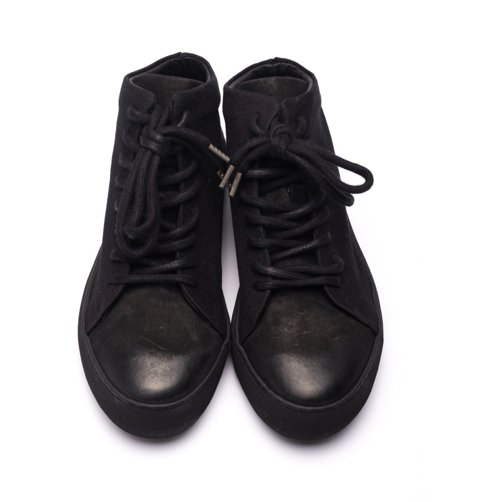 Hannes Roether x the last conspiracy STAMP High Top Sneaker 001 Black
