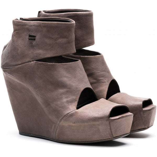 the last conspiracy VERA mat Wedge 068 Dark Grey *new*