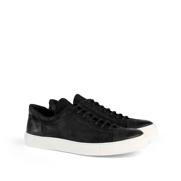 the last conspiracy EDGAR waxed suede Low Top Sneaker 201 Black/white sole