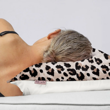 Load image into Gallery viewer, Towel Pillowcover - Leopard