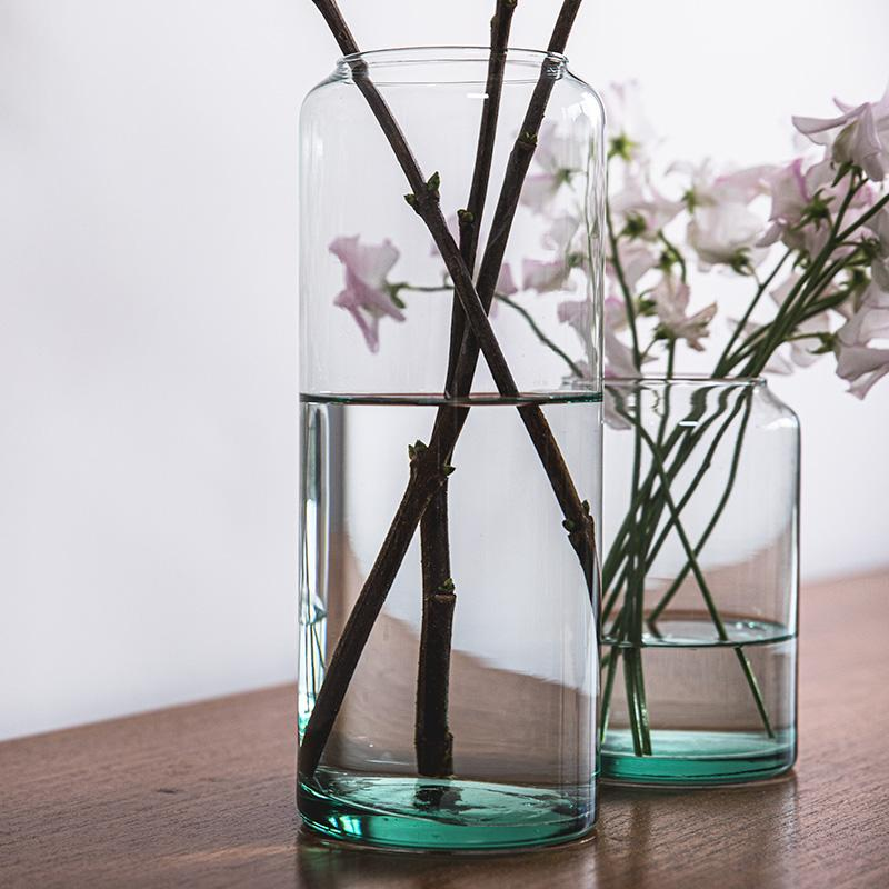 Duo de vases en verre transparent