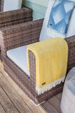 Load image into Gallery viewer, Beehive Large Throw - Pure New Wool Made in the UK by Tweedmill