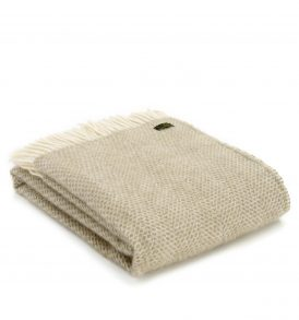 Beehive Large Throw - Pure New Wool Made in the UK by Tweedmill