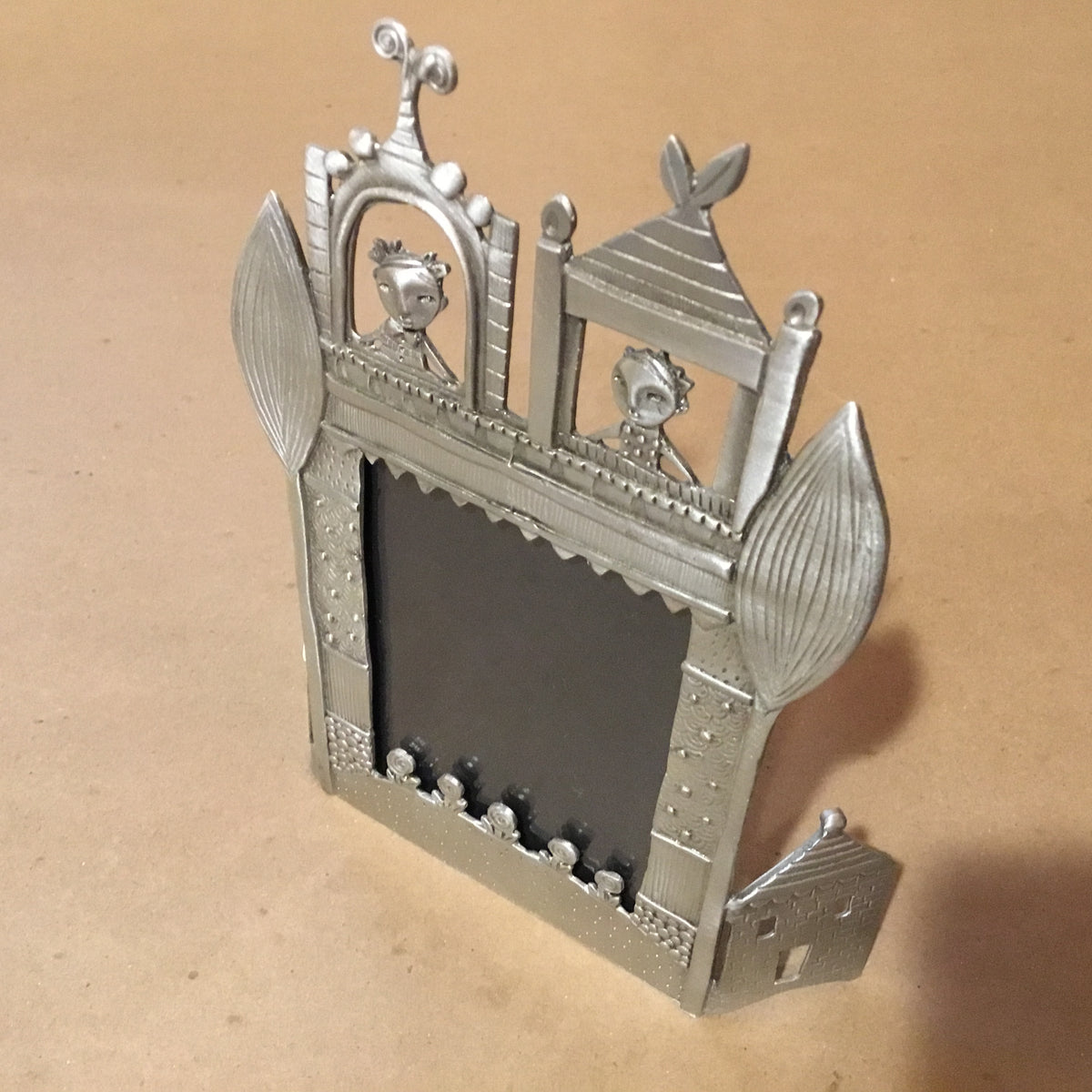 "Pewter Picture Frame - ""Romeo and Juliet"""