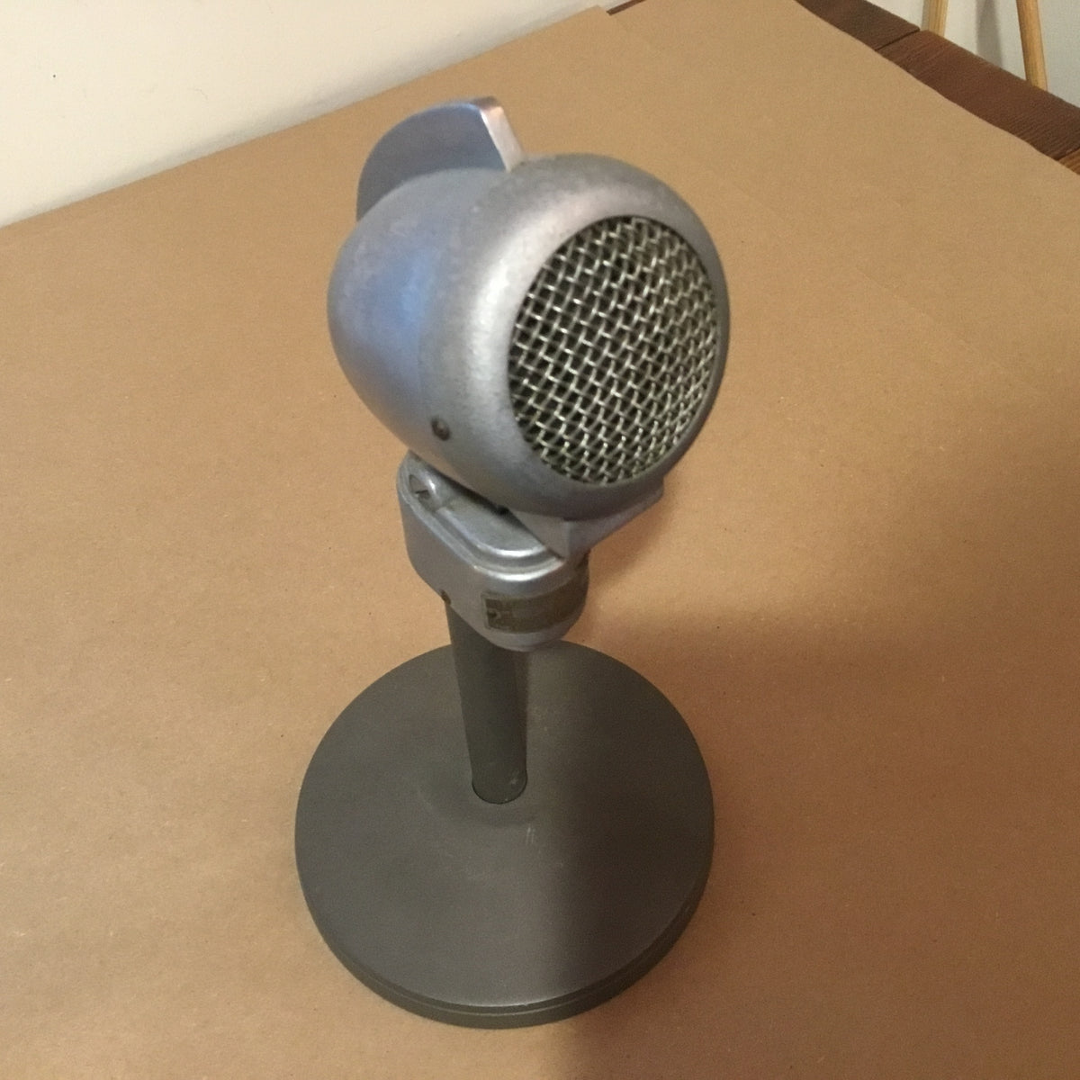Vintage 1940's era Turner 22x Microphone and Stand
