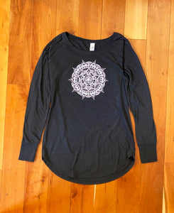 Women's Long Sleeve Tunic Tee - Black (provides 14 meals)