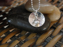 Load image into Gallery viewer, Silver Pool Pearl Necklace
