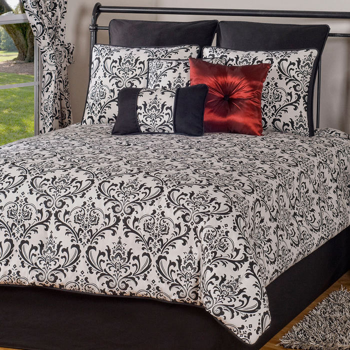 "Black and White ""Astor"" Damask Bedding Set"