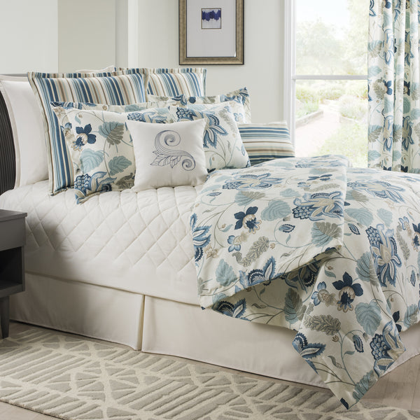 Savannah Floral Bedding Set