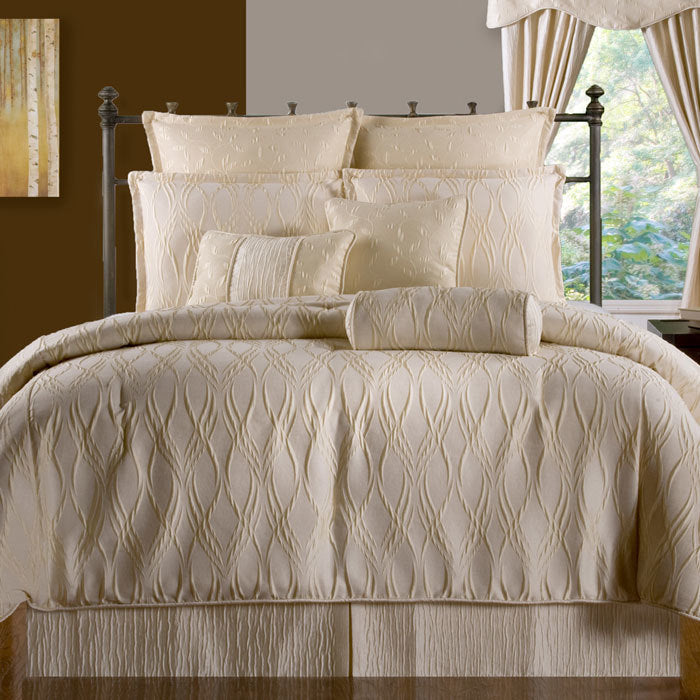 Sonoma Ivory Bedding Set