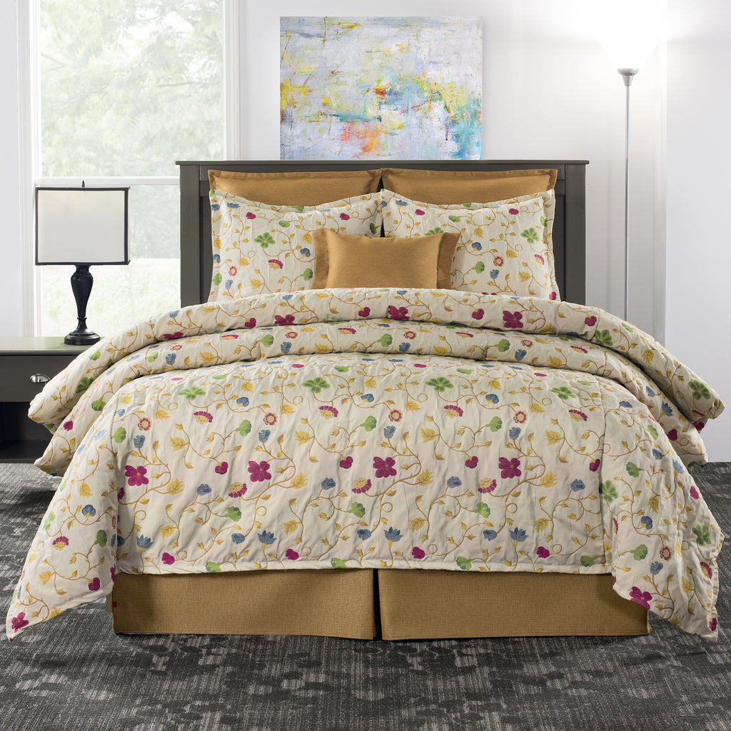 Tara Floral Bedding Set