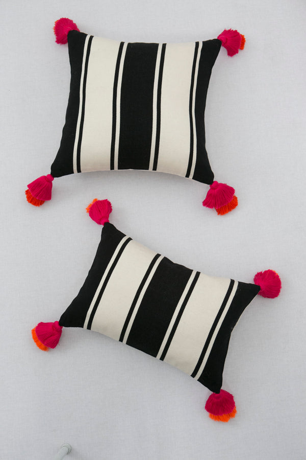 Pompom Black & White Pillow Cover I
