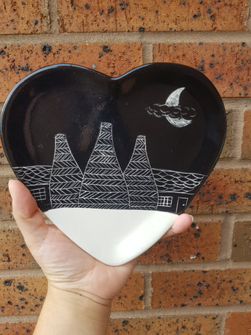 Black Bottle Kiln Heart Plate