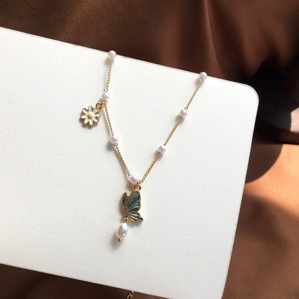 Green Butterfly Clavicle Necklace