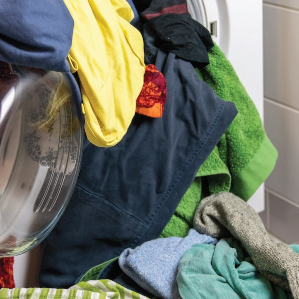 Ideal for all dirty clothes towels, bed linen, underwear, baby clothes and sweaty sport clothes.