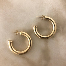 Load image into Gallery viewer, Glen Medium Earrings