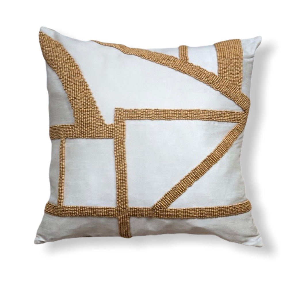 Wooden bead cushion - Ivory