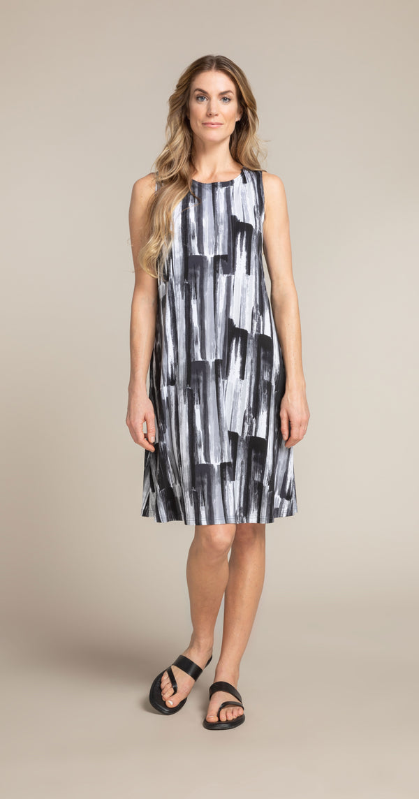 Sleeveless Trapeze Dress #2894S