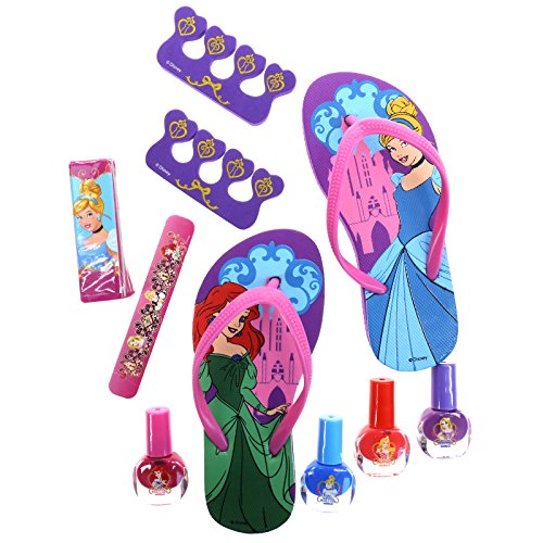 Townley Girl Spa Day Set, Includes 4 Nail Polish, Flip Flops (Girls 10-11) and Toe Separator,10 CT (Disney Princess)