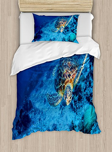 Ambesonne Turtle Duvet Cover Set, Oceanic Wildlife Themed Photo of Sea Turtle in Deep Blue Waters Coral Reef Hawaiian, Decorative 2 Piece Bedding Set with 1 Pillow Sham, Twin Size, Blue