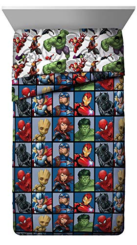 Jay Franco Marvel Avengers Team Twin Comforter - Super Soft Kids Bedding - Fade Resistant Polyester Microfiber Fill (Official Marvel Product)