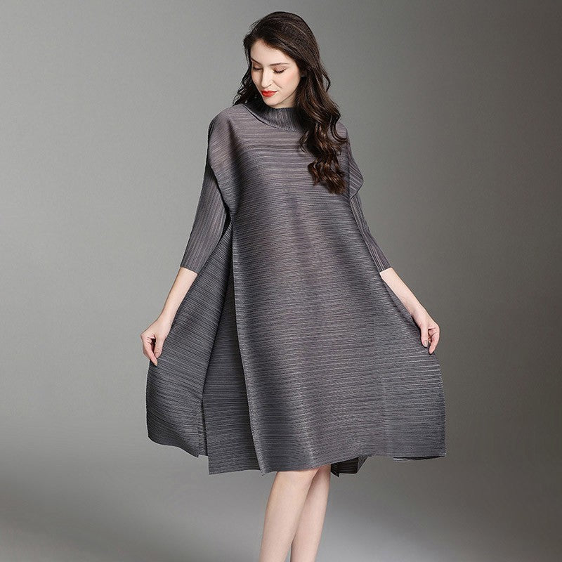 LANMREM 2019 High Quality New Fashion Pletead Clothing Turtleneck Vent Hem Loose Fold Knee-length Vintage Dress Women EB015
