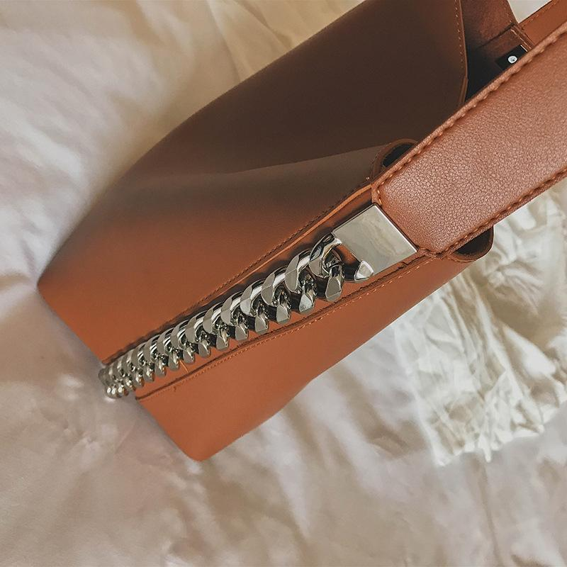 Minimalist Shoulder Bag with Chain - Very Goodeals