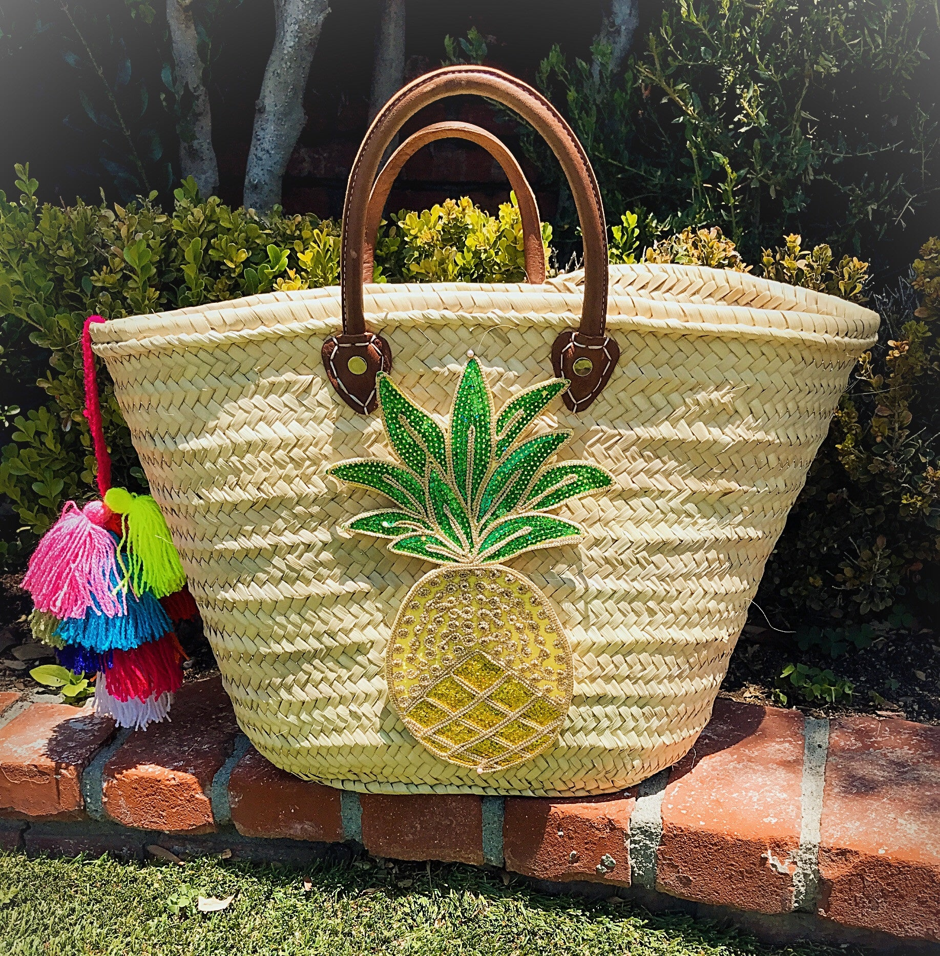 The Woven Pineapple