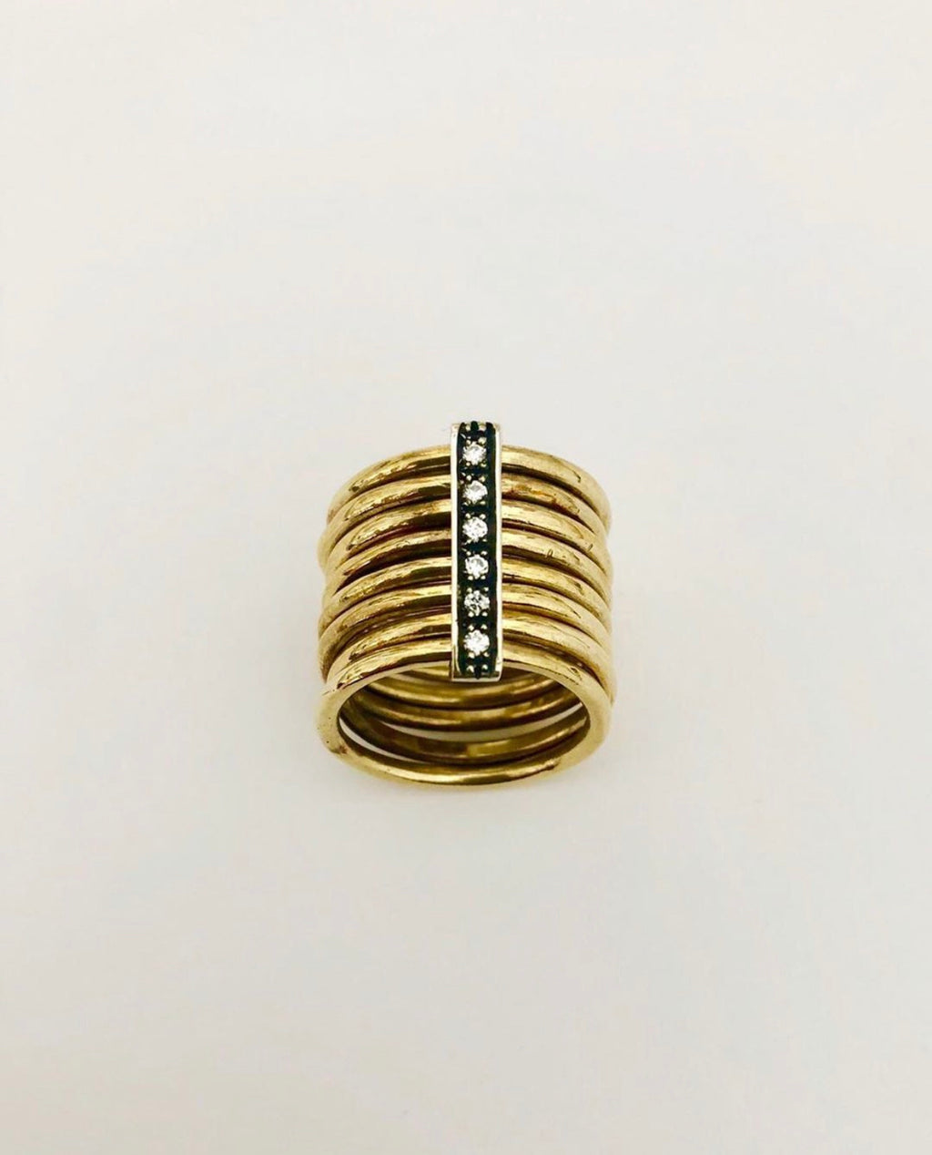 Angostura multi stack ring