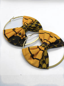 Deji Hoop Earring with Bow