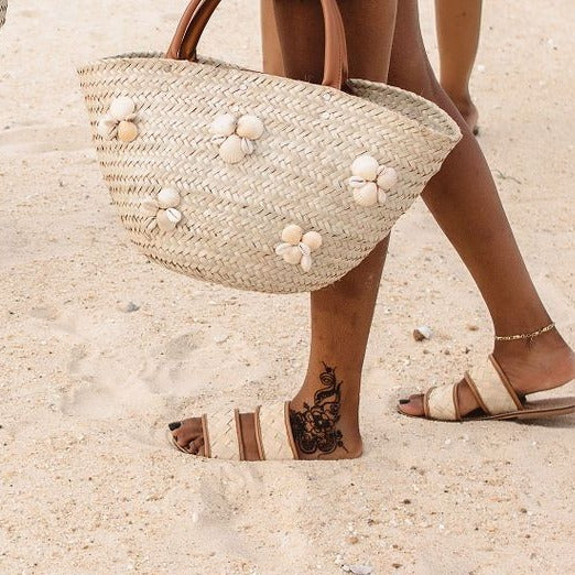 Seashell Woven Rattan Bag - Natural