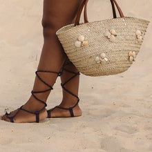 Load image into Gallery viewer, Seashell Woven Rattan Bag - Natural