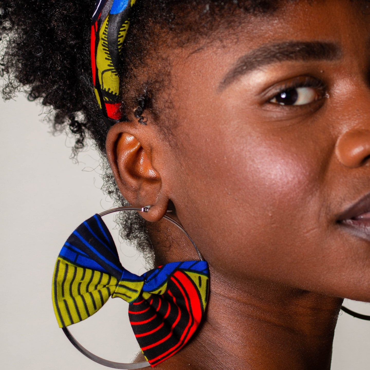 Adama Hoop Earring with Bow | Shop Ekete
