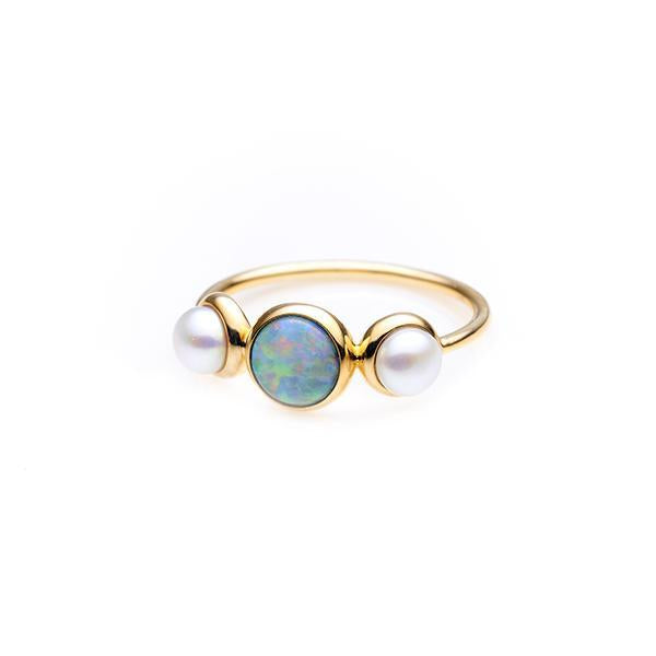 9Ct Yellow Gold White Opal & Freshwater Pearl Ring