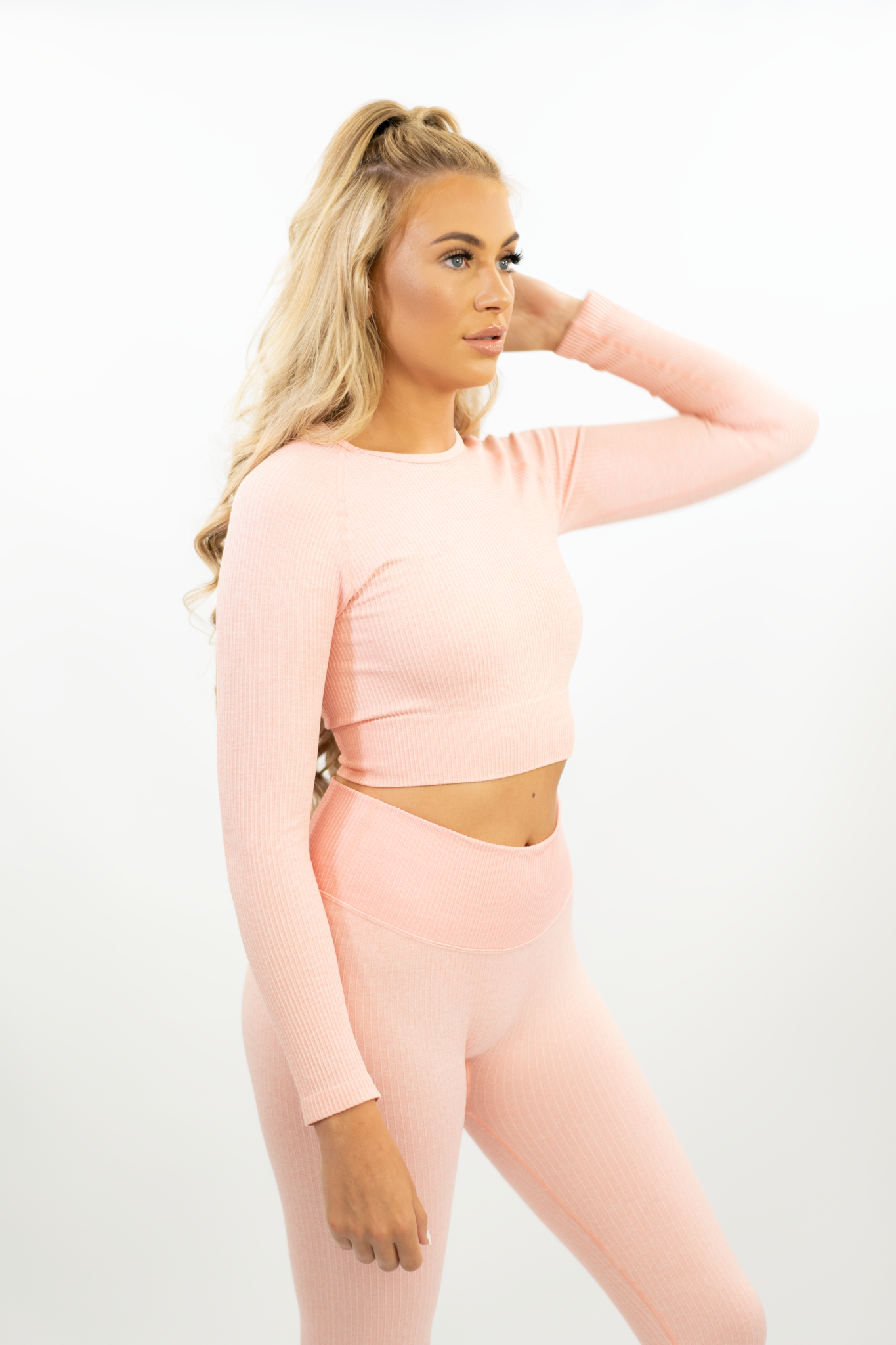 SOFT PINK RIBBED LONG SLEEVE CROP TOP