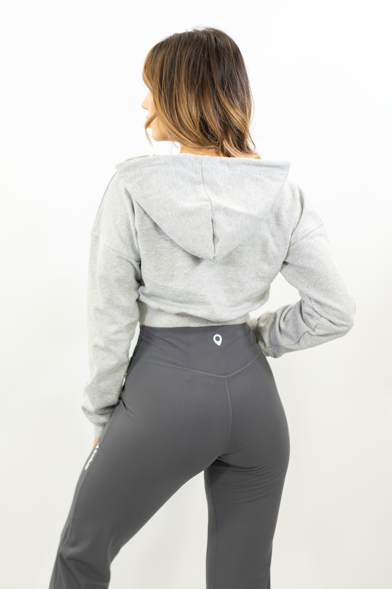 GREY CONTOUR CROP JUMPER