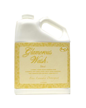 Load image into Gallery viewer, Tyler Candle Glamorous Wash - Diva