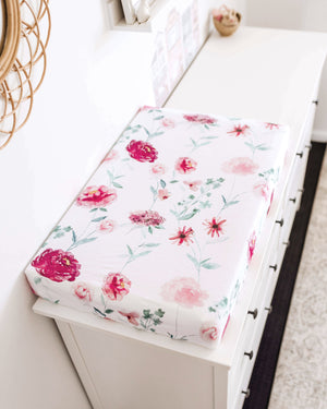 Load image into Gallery viewer, Wanderlust Bassinet Sheet / Change Pad Cover
