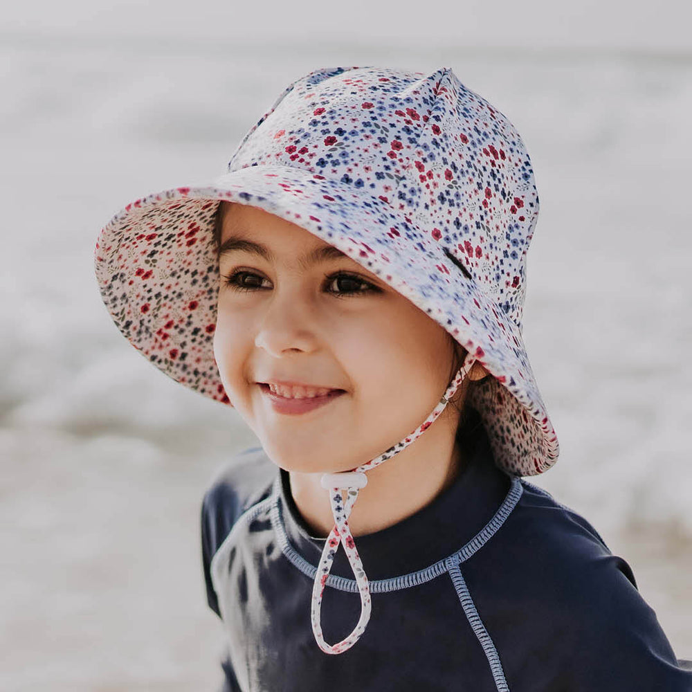 Load image into Gallery viewer, Ponytail Bedheads Hat Beach Posie Print (Swim)