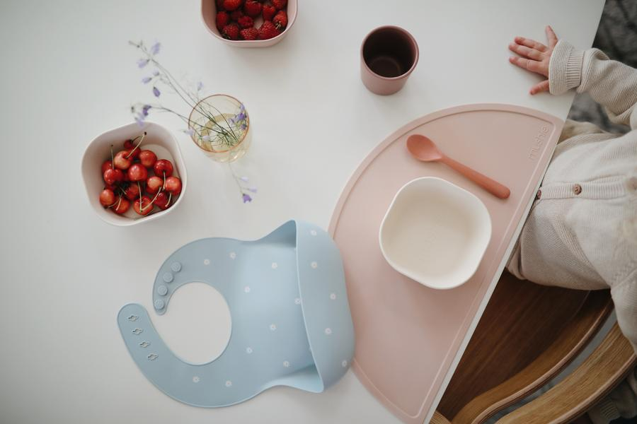 Mushie Silicone Place Mat (Rainbows)