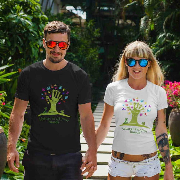 T-Shirt unisex Organic - Nature in the hands - AnimalStories.shop