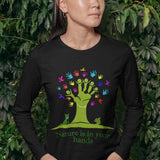 T-Shirt unisex Organic manica lunga - Nature in the hands - AnimalStories.shop