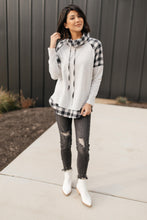 Load image into Gallery viewer, Plaid Details Top in Grey