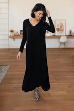 Load image into Gallery viewer, The Melanie Maxi Dress in Black
