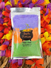 Load image into Gallery viewer, Halloween & Fall Bath Potion
