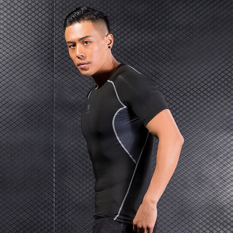 model wearing t-shirt showing the breathable armpit part
