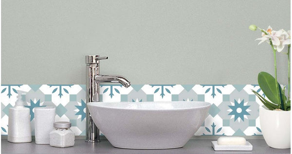 BATHROOM STICKERS: OUR SELECTION OF TRENDY ADHESIVES!